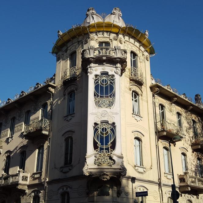 Casa Fenoglio-Lafleur, Torino